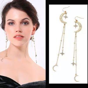 NWT. Betsey Johnson 🌙 moon & star⭐️ drop earrings